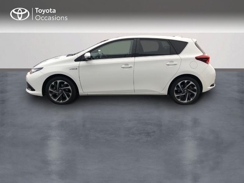 Photo 3 de l'offre de TOYOTA Auris HSD 136h Design à 17490€ chez Altis - Toyota Vannes