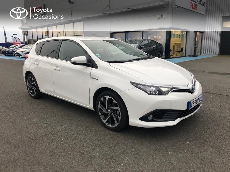 Photo 19 de l'offre de TOYOTA Auris HSD 136h Design à 17490€ chez Altis - Toyota Vannes