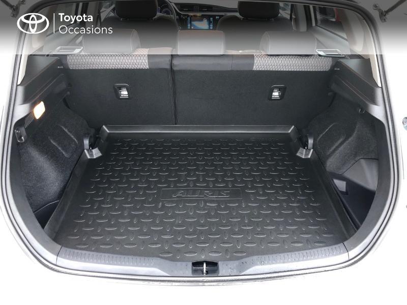 Photo 15 de l'offre de TOYOTA Auris HSD 136h Collection à 17980€ chez Altis - Toyota Vannes