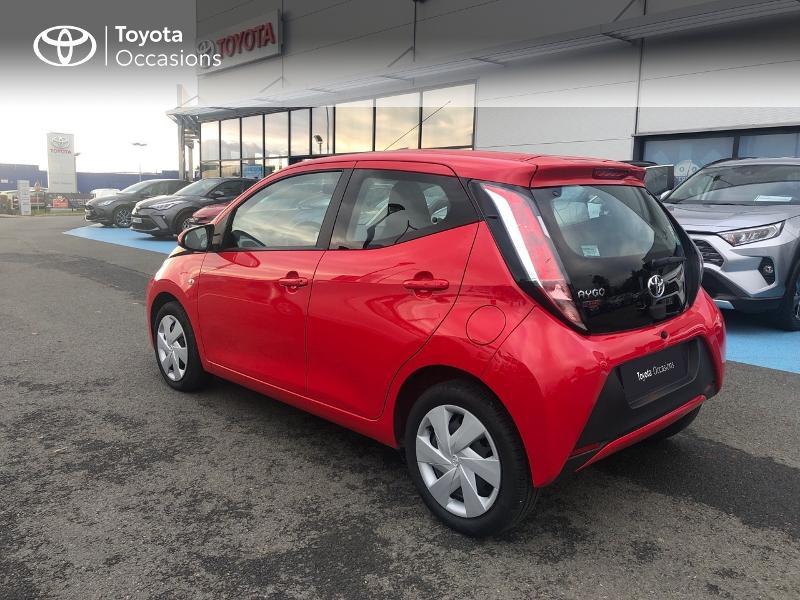 Photo 24 de l'offre de TOYOTA Aygo 1.0 VVT-i 69ch x-red 5p à 8680€ chez Altis - Toyota Vannes
