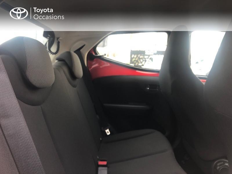 Photo 7 de l'offre de TOYOTA Aygo 1.0 VVT-i 69ch x-red 5p à 8680€ chez Altis - Toyota Vannes
