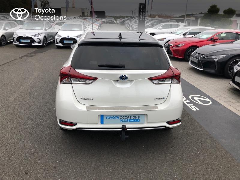 Photo 18 de l'offre de TOYOTA Auris HSD 136h Collection à 17980€ chez Altis - Toyota Vannes