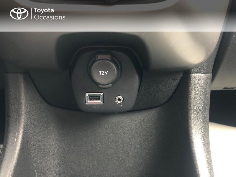 Photo 19 de l'offre de TOYOTA Aygo 1.0 VVT-i 69ch x-red 5p à 8680€ chez Altis - Toyota Vannes