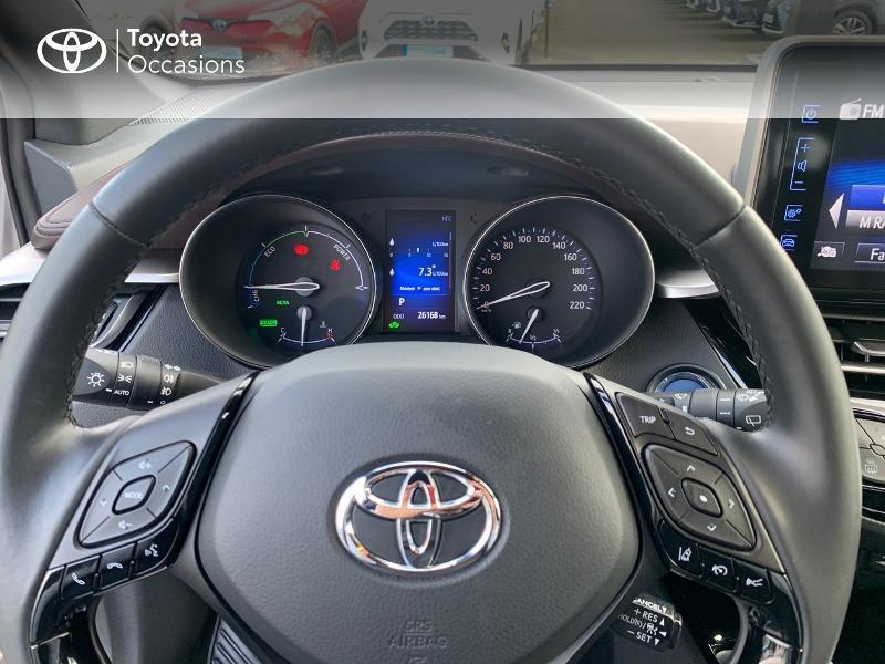 Photo 13 de l'offre de TOYOTA C-HR 122h Distinctive 2WD E-CVT à 20980€ chez Altis - Toyota Vannes