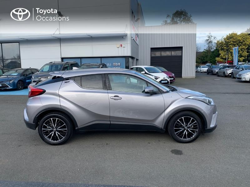 Photo 17 de l'offre de TOYOTA C-HR 122h Distinctive 2WD E-CVT à 20980€ chez Altis - Toyota Vannes