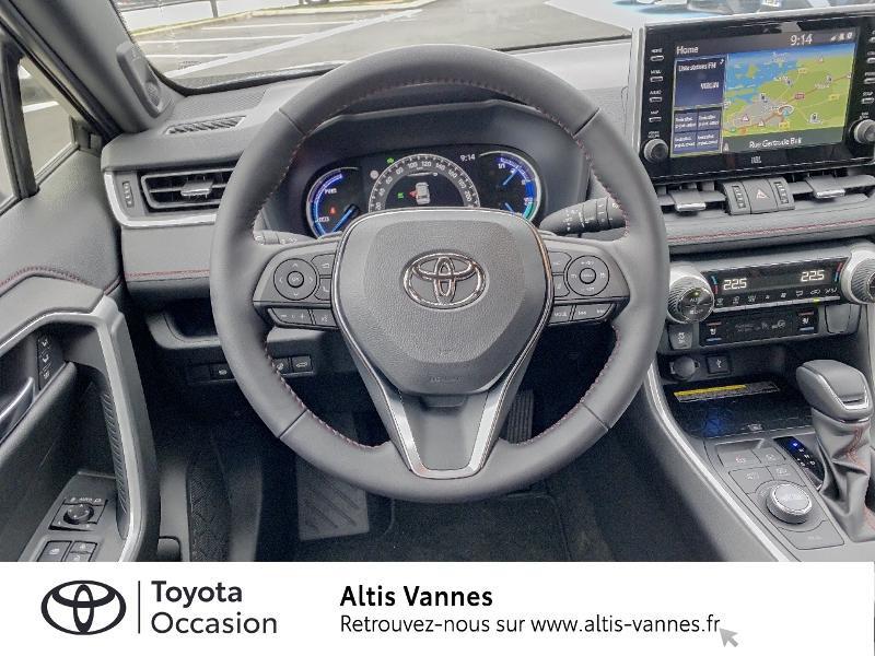 Photo 6 de l'offre de TOYOTA RAV4 Hybride Rechargeable 306ch Collection AWD à 57480€ chez Altis - Toyota Vannes