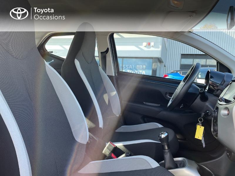 Photo 6 de l'offre de TOYOTA Aygo 1.0 VVT-i 69ch x-play 5p à 8980€ chez Altis - Toyota Vannes