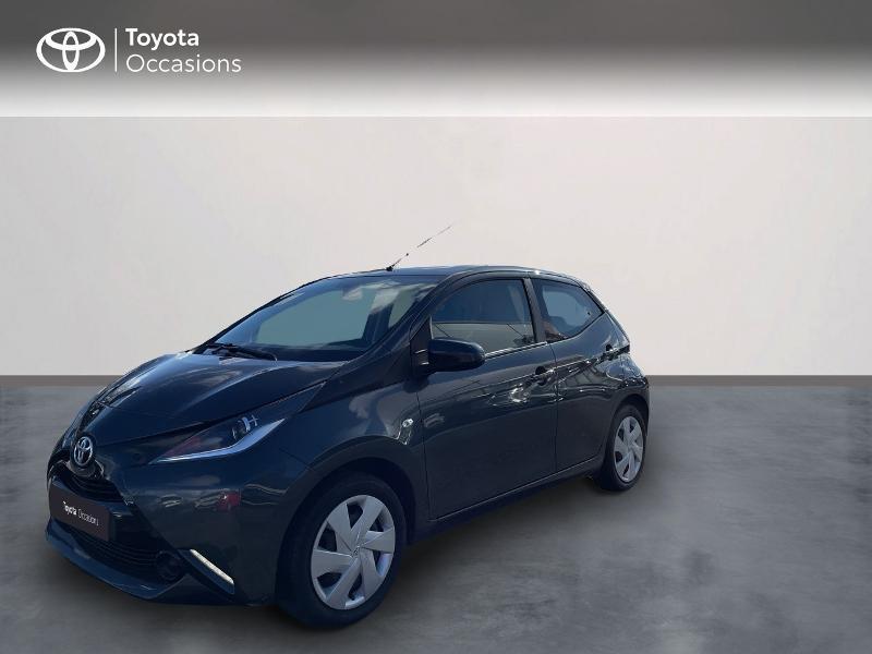 Photo 1 de l'offre de TOYOTA Aygo 1.0 VVT-i 69ch x-play 5p à 8980€ chez Altis - Toyota Vannes