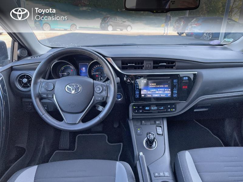 Photo 8 de l'offre de TOYOTA Auris HSD 136h Design à 15890€ chez Altis - Toyota Vannes