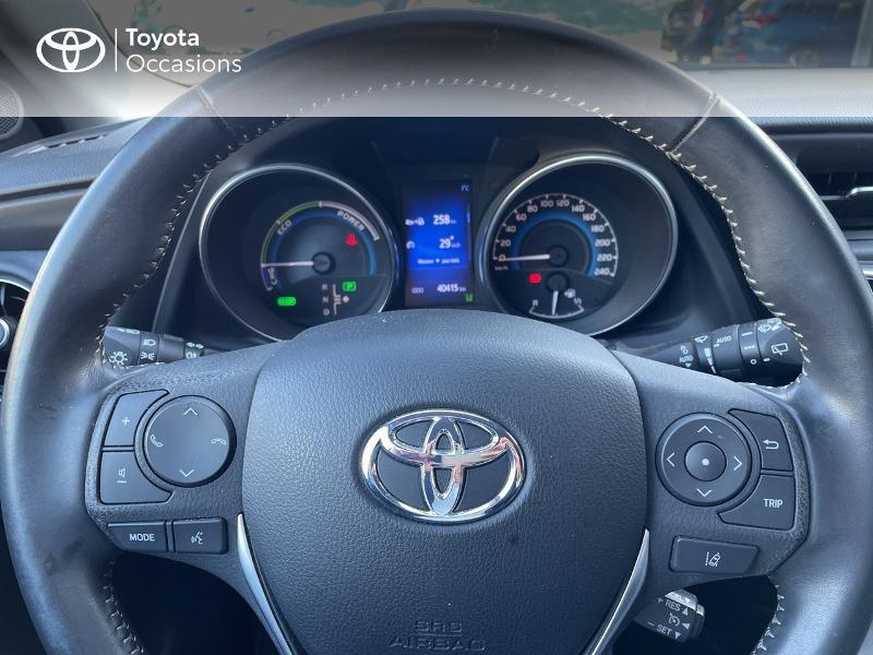Photo 13 de l'offre de TOYOTA Auris HSD 136h Design à 15890€ chez Altis - Toyota Vannes