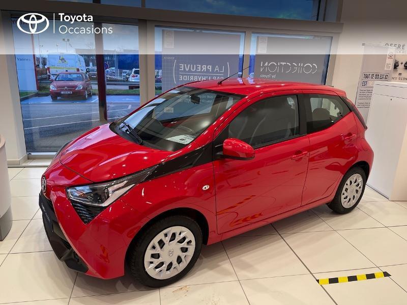 Photo 25 de l'offre de TOYOTA Aygo 1.0 VVT-i 72ch x-play 5p MY20 à 12290€ chez Altis - Toyota Vannes