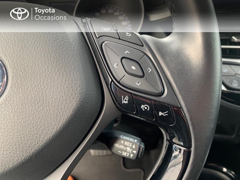 Photo 20 de l'offre de TOYOTA C-HR 122h Edition 2WD E-CVT RC18 à 18890€ chez Altis - Toyota Vannes