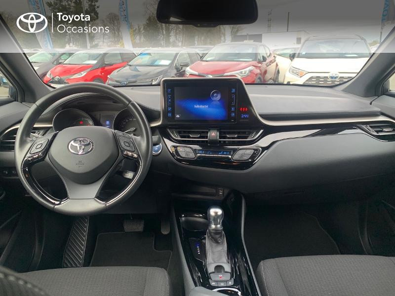 Photo 8 de l'offre de TOYOTA C-HR 122h Edition 2WD E-CVT RC18 à 18890€ chez Altis - Toyota Vannes