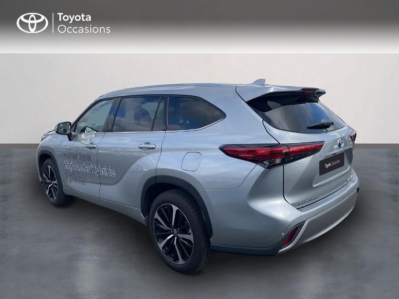 Photo 2 de l'offre de TOYOTA Highlander Hybrid 248ch Lounge AWD-I à 57980€ chez Altis - Toyota Vannes