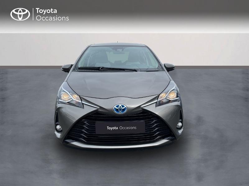 Photo 5 de l'offre de TOYOTA Yaris 100h Dynamic 5p RC18 à 15490€ chez Altis - Toyota Vannes