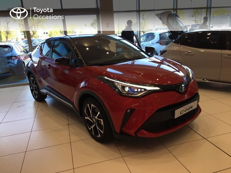 Photo 19 de l'offre de TOYOTA C-HR 184h Collection 2WD E-CVT MY20 à 35490€ chez Altis - Toyota Vannes