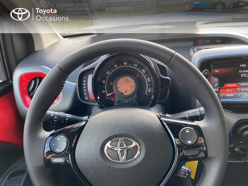Photo 13 de l'offre de TOYOTA Aygo 1.0 VVT-i 72ch x-play 5p MY20 à 11590€ chez Altis - Toyota Vannes