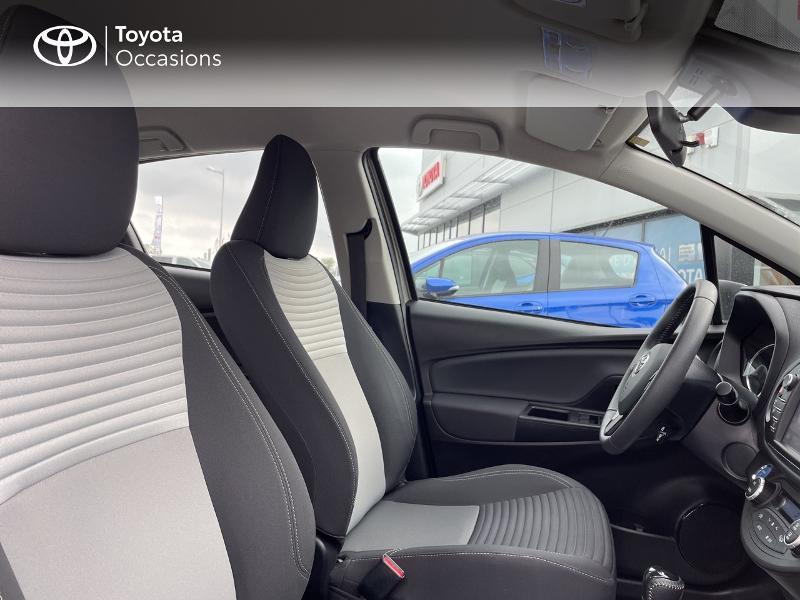 Photo 6 de l'offre de TOYOTA Yaris 100h Dynamic 5p RC18 à 15490€ chez Altis - Toyota Vannes