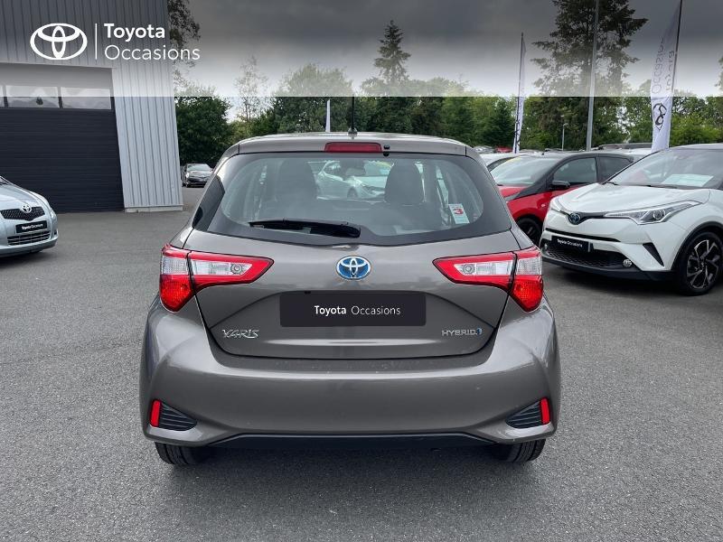 Photo 28 de l'offre de TOYOTA Yaris 100h Dynamic 5p RC18 à 15490€ chez Altis - Toyota Vannes