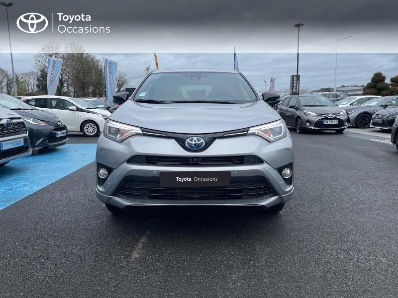 Photo 28 de l'offre de TOYOTA RAV4 197 Hybride Collection 2WD CVT à 27880€ chez Altis - Toyota Vannes