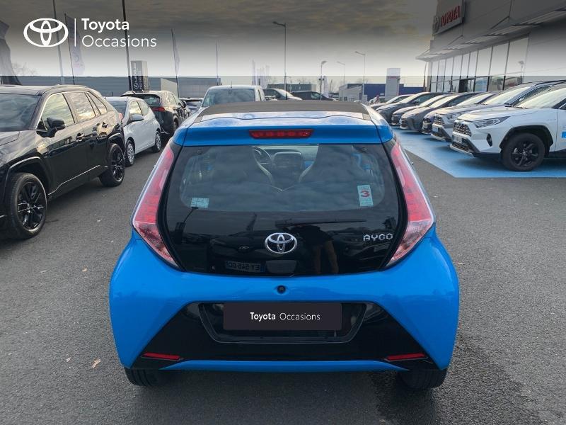 Photo 27 de l'offre de TOYOTA Aygo 1.0 VVT-i 69ch x-wave 2 5p à 9290€ chez Altis - Toyota Vannes