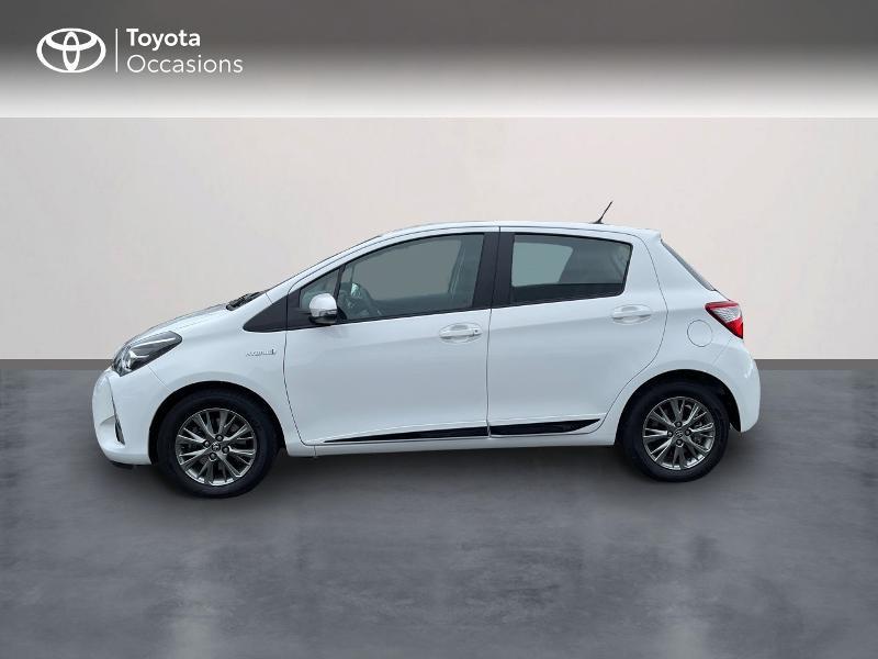Photo 3 de l'offre de TOYOTA Yaris 100h Dynamic 5p à 15980€ chez Altis - Toyota Vannes