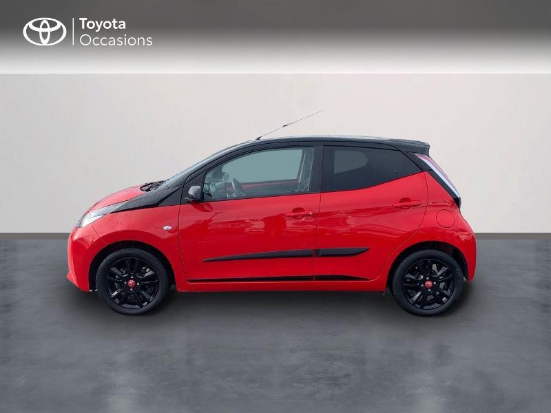Photo 3 de l'offre de TOYOTA Aygo 1.0 VVT-i 69ch x-cite 4 5p à 9880€ chez Altis - Toyota Vannes