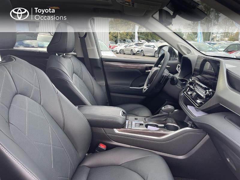 Photo 6 de l'offre de TOYOTA Highlander Hybrid 248ch Lounge AWD-I à 57980€ chez Altis - Toyota Vannes