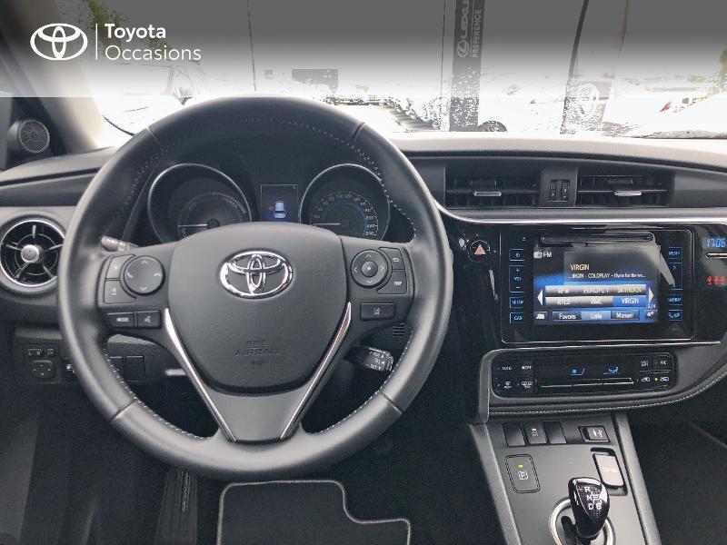 Photo 8 de l'offre de TOYOTA Auris HSD 136h Design RC18 à 18990€ chez Altis - Toyota Vannes