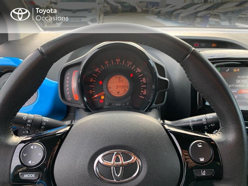 Photo 13 de l'offre de TOYOTA Aygo 1.0 VVT-i 69ch x-wave 2 5p à 9290€ chez Altis - Toyota Vannes