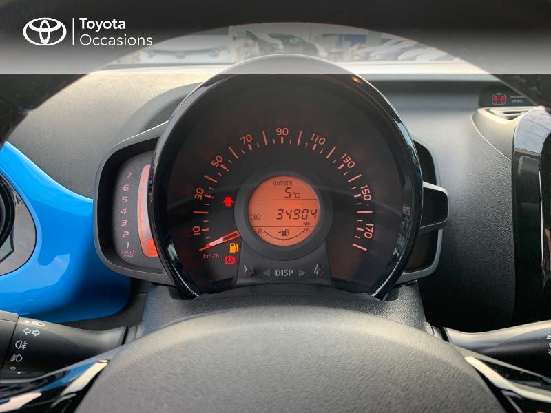 Photo 14 de l'offre de TOYOTA Aygo 1.0 VVT-i 69ch x-wave 2 5p à 9290€ chez Altis - Toyota Vannes