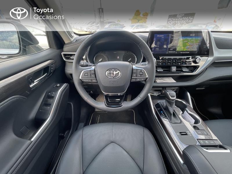 Photo 9 de l'offre de TOYOTA Highlander Hybrid 248ch Lounge AWD-I à 57980€ chez Altis - Toyota Vannes