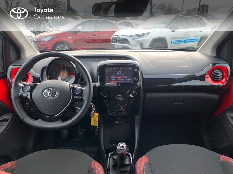 Photo 8 de l'offre de TOYOTA Aygo 1.0 VVT-i 69ch x-cite 4 5p à 9880€ chez Altis - Toyota Vannes