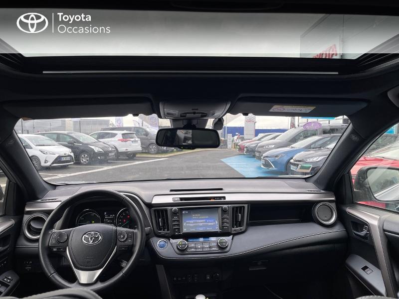 Photo 8 de l'offre de TOYOTA RAV4 197 Hybride Collection 2WD CVT à 27880€ chez Altis - Toyota Vannes