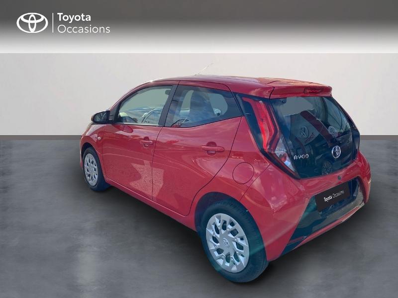 Photo 2 de l'offre de TOYOTA Aygo 1.0 VVT-i 72ch x-play 5p MY20 à 11590€ chez Altis - Toyota Vannes