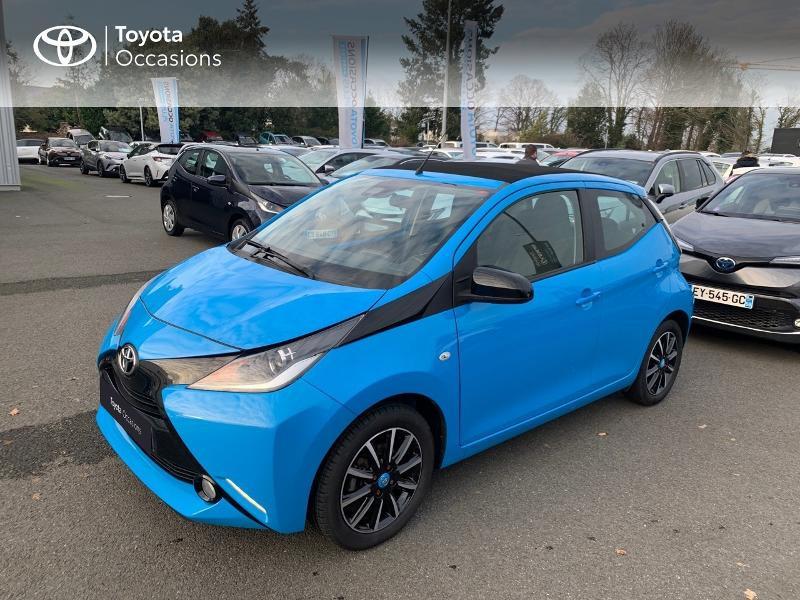 Photo 24 de l'offre de TOYOTA Aygo 1.0 VVT-i 69ch x-wave 2 5p à 9290€ chez Altis - Toyota Vannes