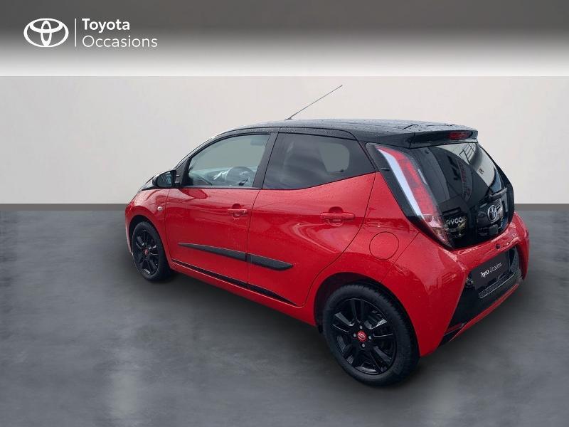 Photo 2 de l'offre de TOYOTA Aygo 1.0 VVT-i 69ch x-cite 4 5p à 9880€ chez Altis - Toyota Vannes