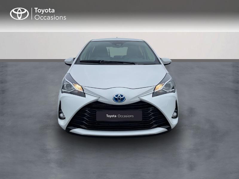 Photo 5 de l'offre de TOYOTA Yaris 100h Dynamic 5p à 15980€ chez Altis - Toyota Vannes