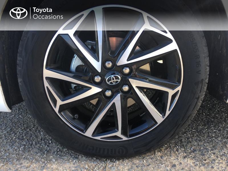 Photo 16 de l'offre de TOYOTA Yaris 70 VVT-i Design 5p à 19250€ chez Altis - Toyota Vannes