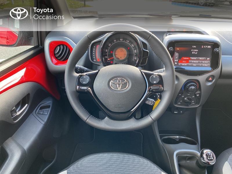Photo 9 de l'offre de TOYOTA Aygo 1.0 VVT-i 72ch x-play 5p MY20 à 11590€ chez Altis - Toyota Vannes