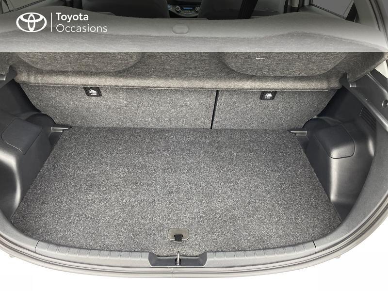 Photo 10 de l'offre de TOYOTA Yaris 100h Dynamic 5p à 15980€ chez Altis - Toyota Vannes