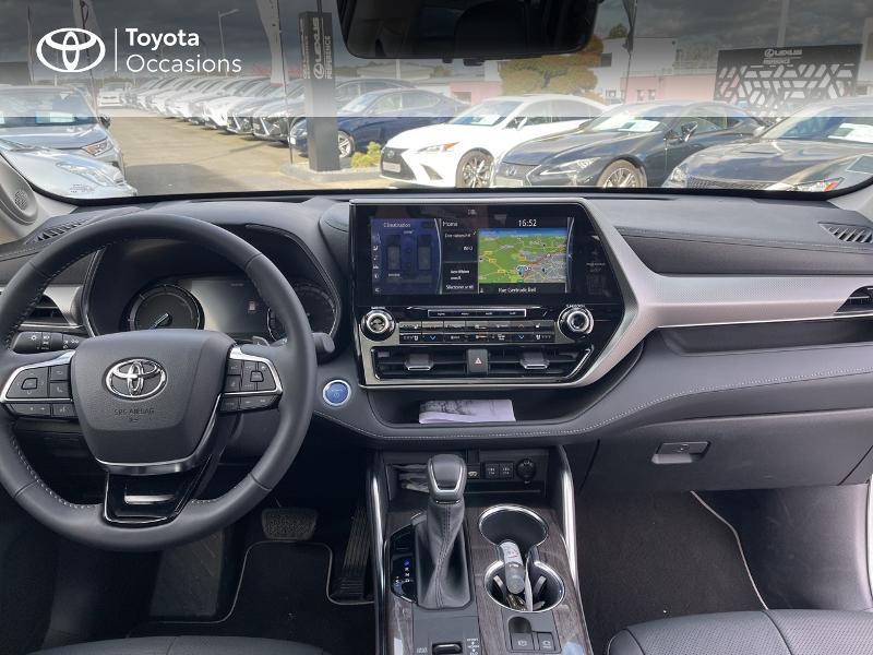Photo 8 de l'offre de TOYOTA Highlander Hybrid 248ch Lounge AWD-I à 57980€ chez Altis - Toyota Vannes