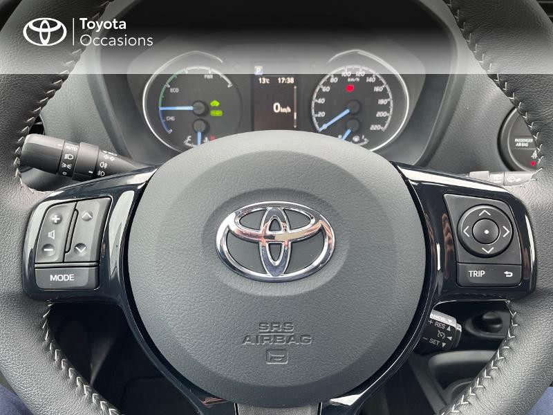 Photo 13 de l'offre de TOYOTA Yaris 100h Dynamic 5p à 15980€ chez Altis - Toyota Vannes