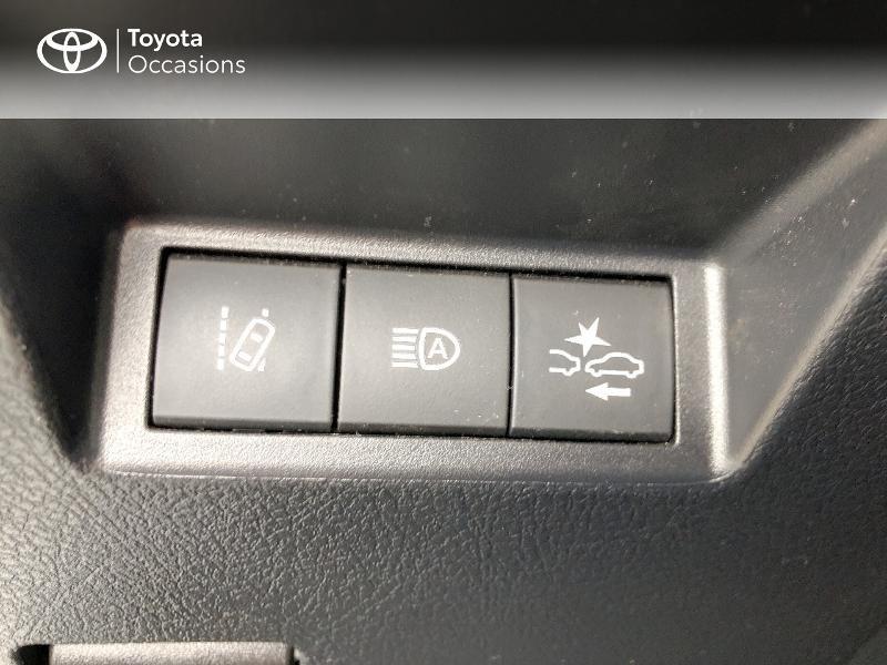 Photo 6 de l'offre de TOYOTA Yaris 70 VVT-i Design Y20 5p MY19 à 12980€ chez Altis - Toyota Vannes