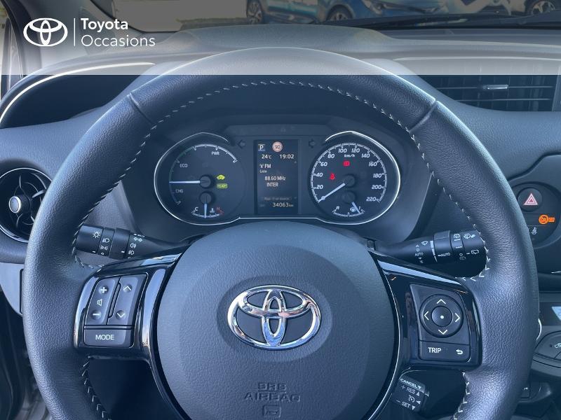 Photo 13 de l'offre de TOYOTA Yaris 100h Dynamic 5p RC18 à 15690€ chez Altis - Toyota Vannes