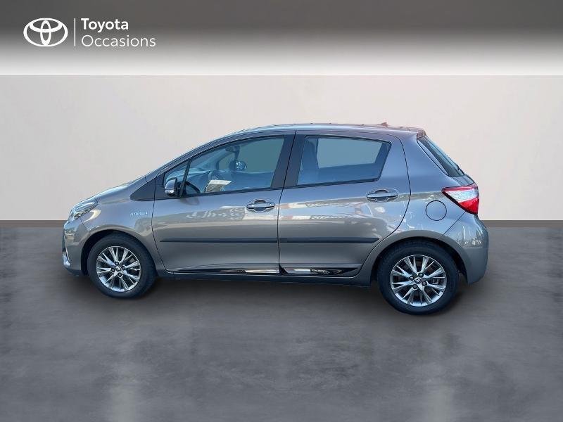 Photo 3 de l'offre de TOYOTA Yaris 100h Dynamic 5p RC18 à 15690€ chez Altis - Toyota Vannes