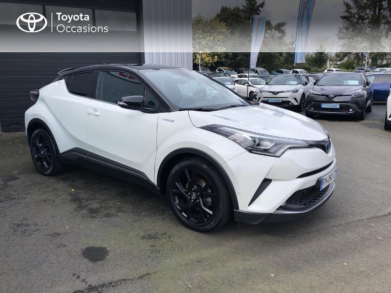 Photo 17 de l'offre de TOYOTA C-HR 122h Graphic 2WD E-CVT RC18 à 23980€ chez Altis - Toyota Vannes