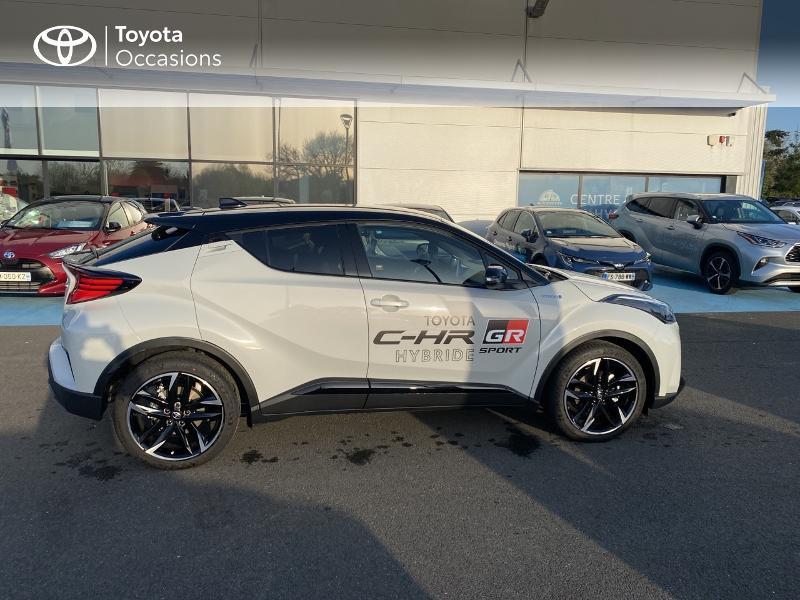 Photo 17 de l'offre de TOYOTA C-HR 184h GR-Sport 2WD E-CVT MY20 à 32890€ chez Altis - Toyota Vannes