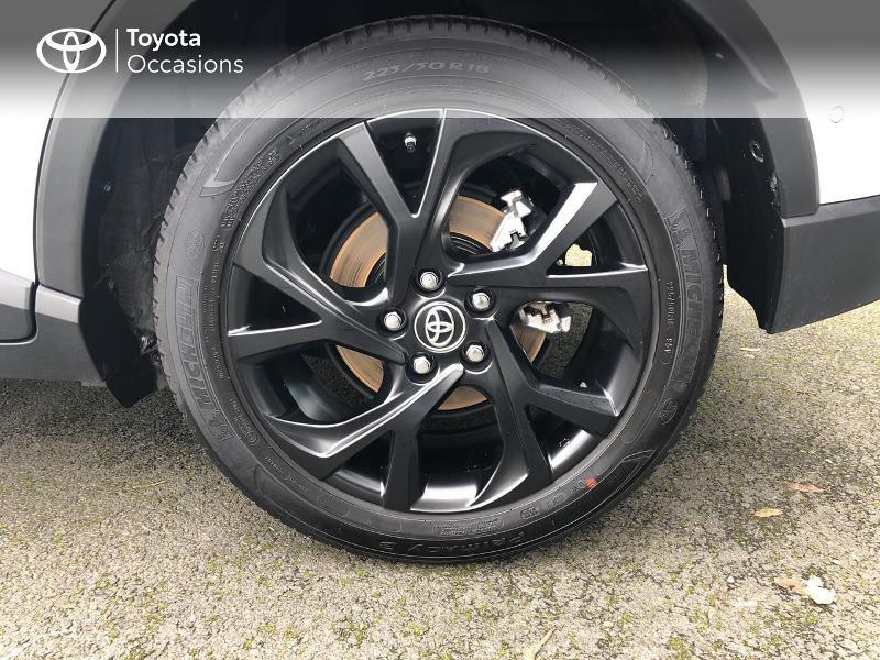 Photo 4 de l'offre de TOYOTA C-HR 122h Graphic 2WD E-CVT RC18 à 23980€ chez Altis - Toyota Vannes