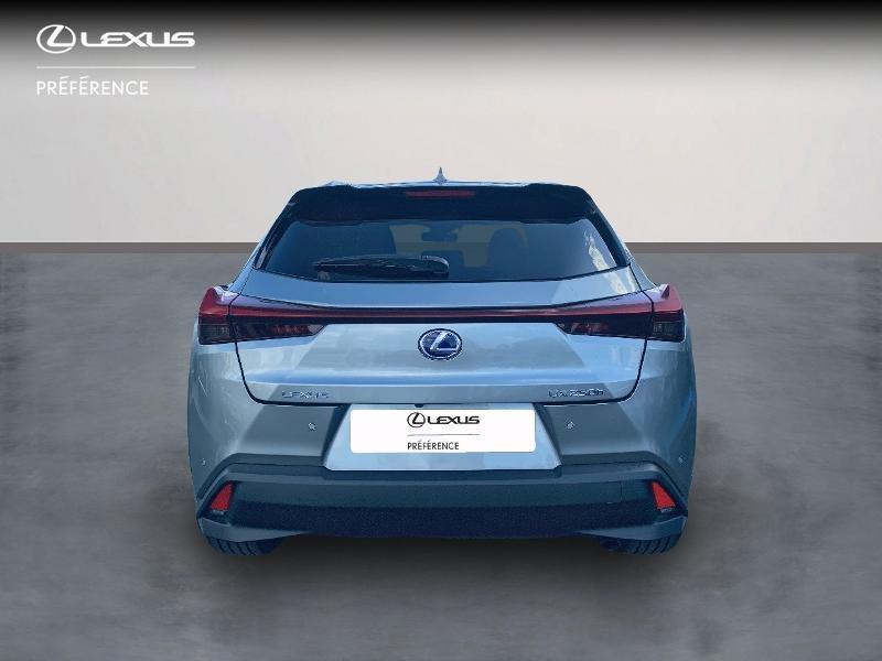 Photo 4 de l'offre de LEXUS UX 250h 2WD Premium Edition MY21 à 34890€ chez Altis - Toyota Vannes